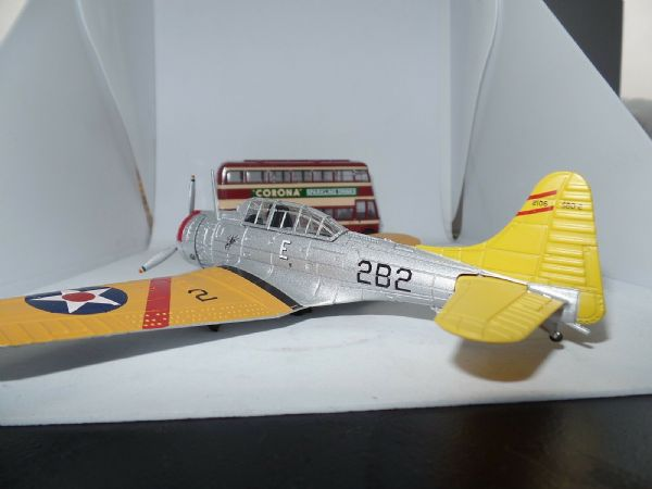Oxford 72AC075 AC075 1/72 Scale  Douglas Dauntless Lexington US Navy Dive Bomber